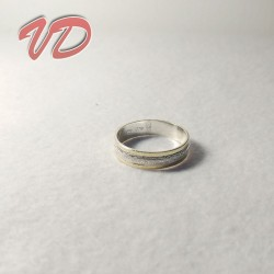 Valdo 103 silver ring with...